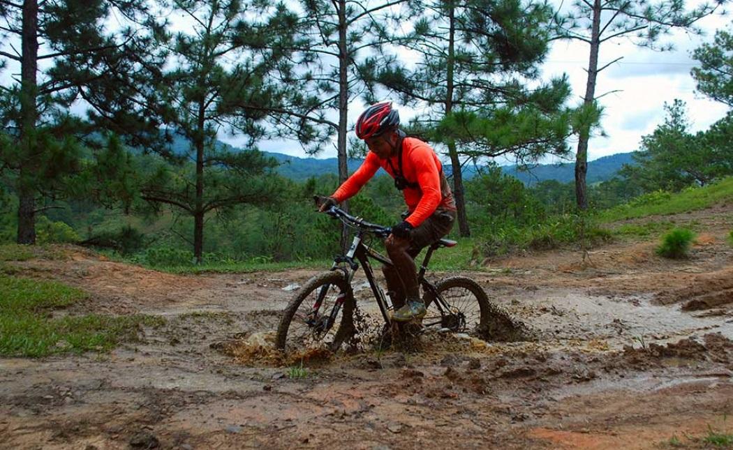 Dalat Mountain Biking - Crazy Buffalo