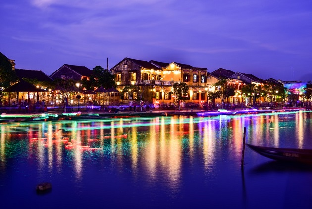 4 Days 3 Night tour - Short holiday quenches your thirst in Danang and Hoian