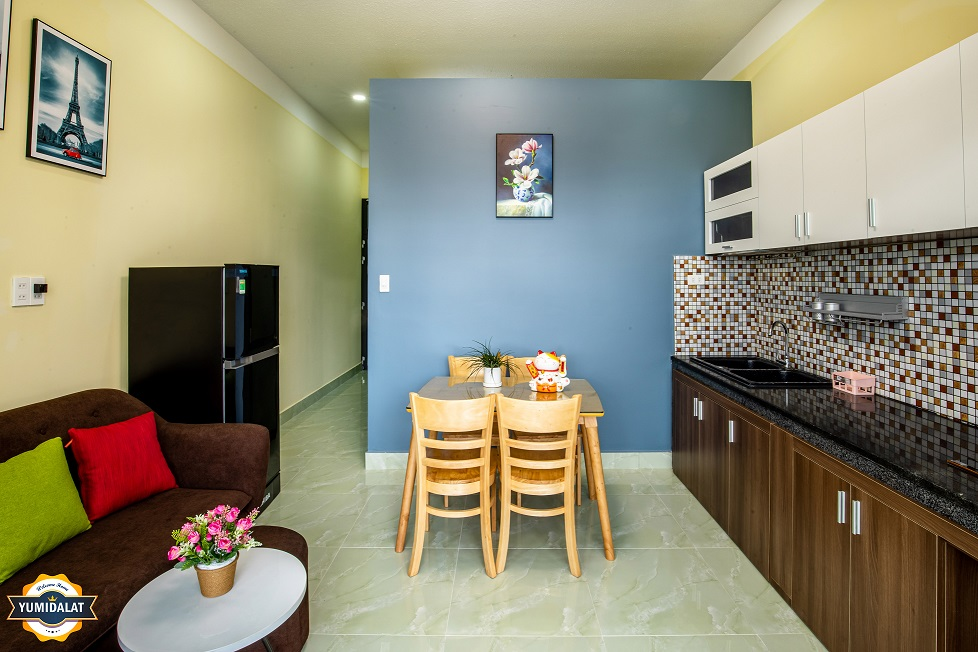 2 bedroom apartment [at 1st floor]