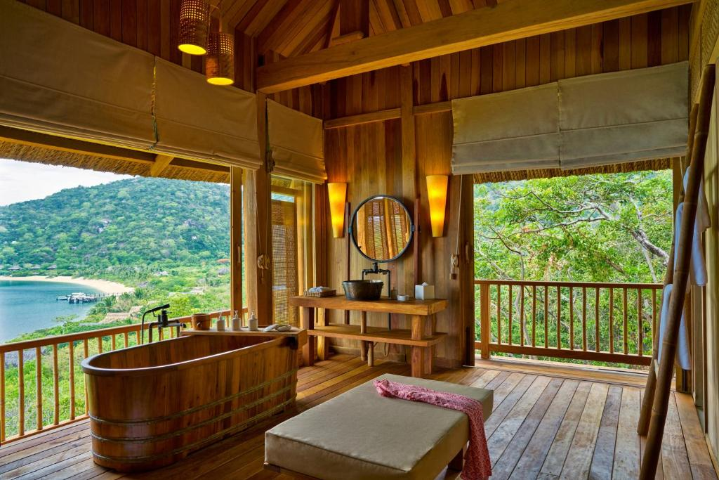 3-Bedroom Hill Top Reserve