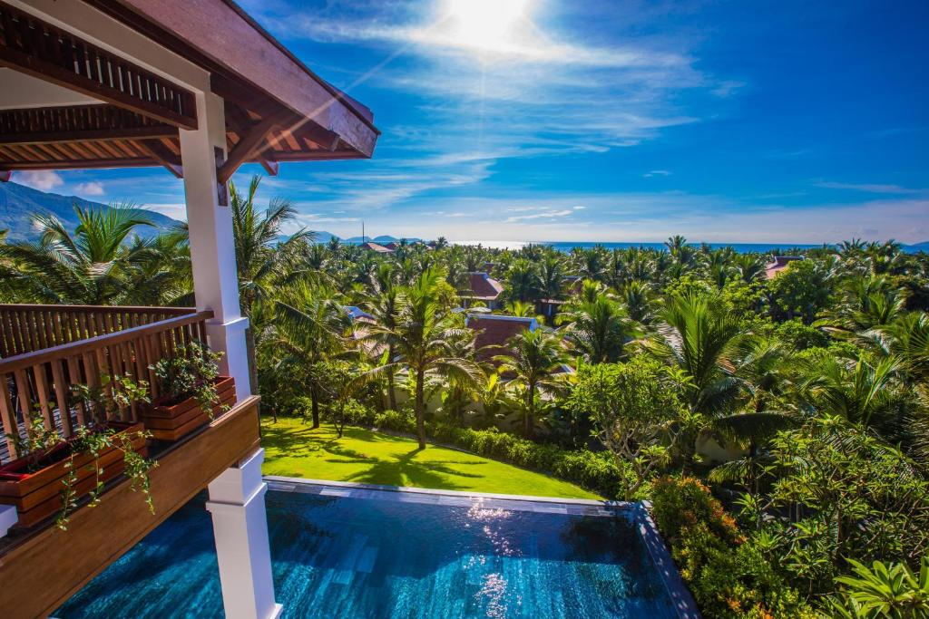 Family Hill Villa With Private Pool Three Bed Room