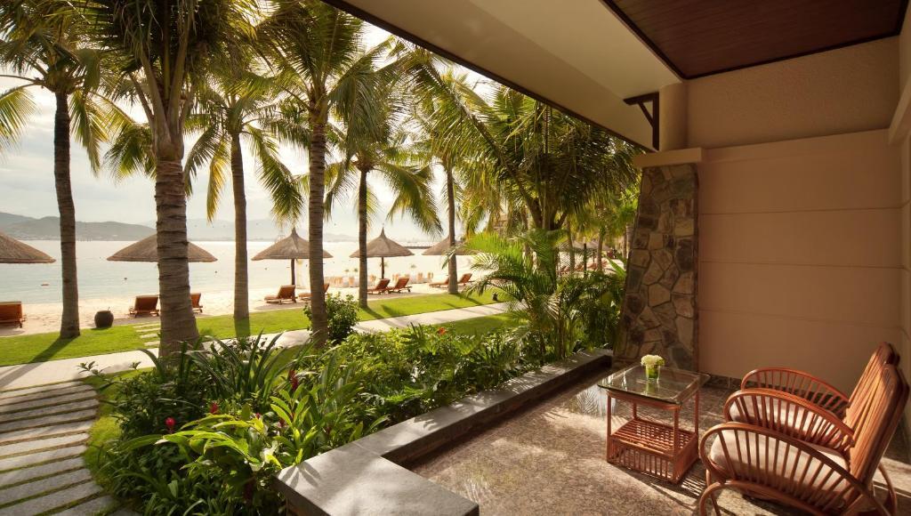 Beach Front Villa (BB)