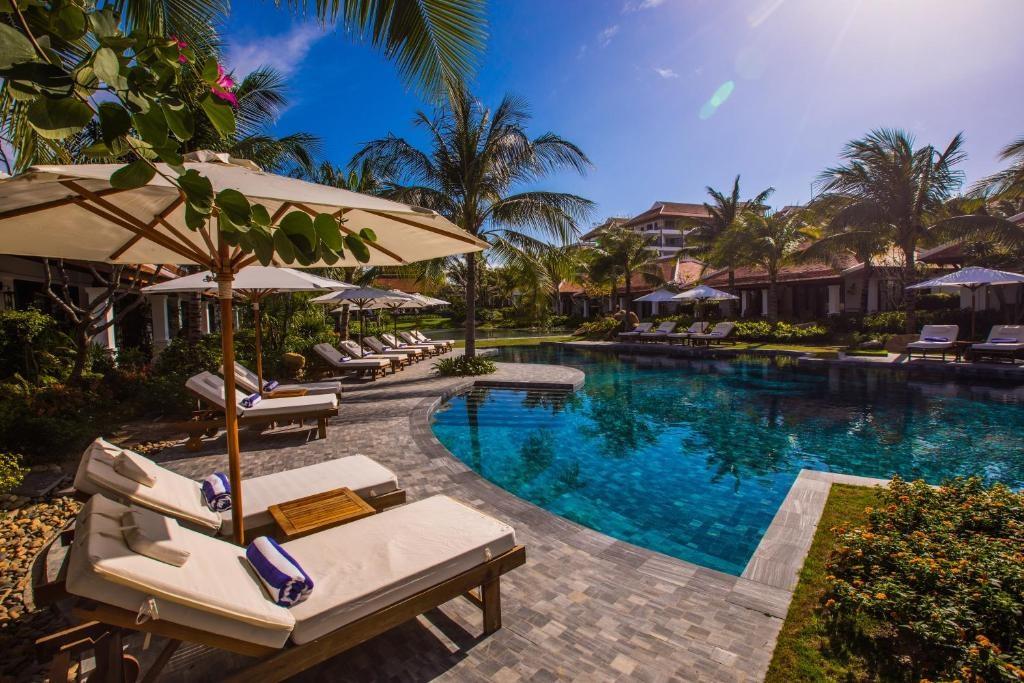 Pool View Villas
