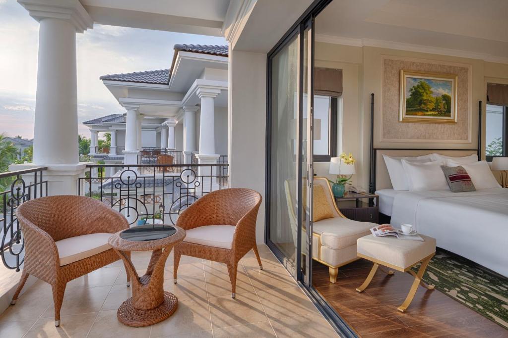 4-Bedroom Villa (BB)